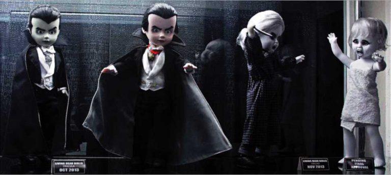 horror collectibles lving dead dolls